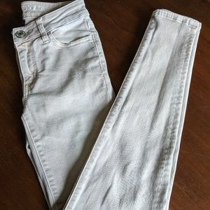 American Eagle pink jeggings
